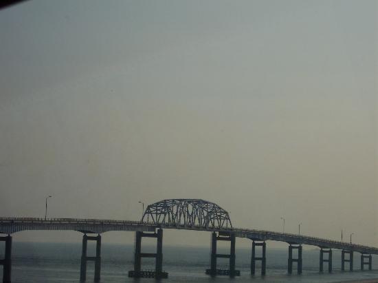 Maryland: Beginning of the bridge
