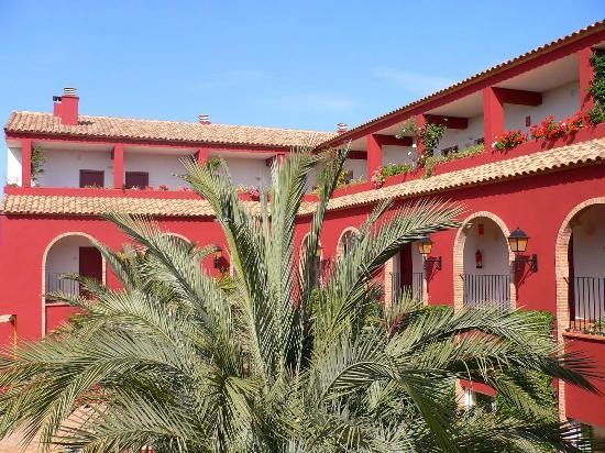 Valencia Golf Hotel: Patio interieur