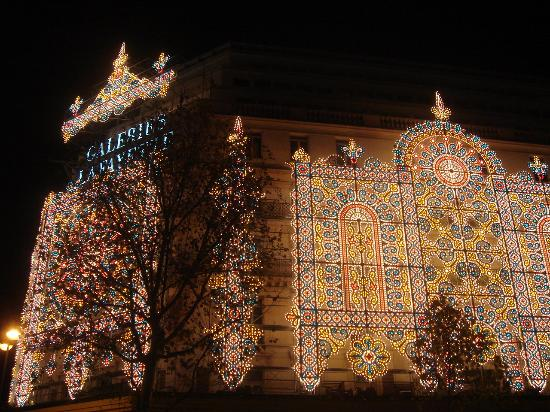 Christmas Lights In Paris.Galeries Lafayette With Christmas Lights Picture Of Paris