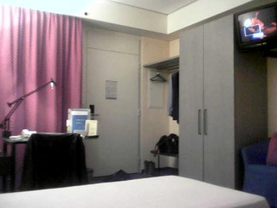 Hotel du Commerce : Entrance