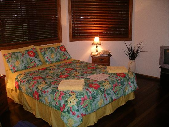 Hibiscus Lodge: Bedroom