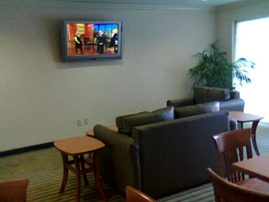 Extended Stay America - Orlando - Convention Center - Universal Blvd: Lobby lounge area