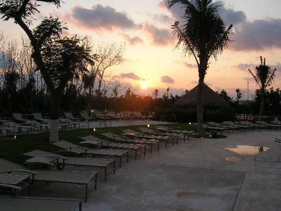 Landscape - Le Blanc Spa Resort Cancun Photo