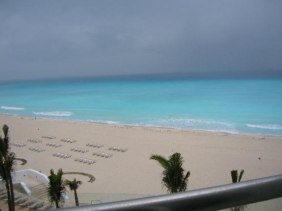 Beach - Picture of Le Blanc Spa Resort Cancun, Cancun - Tripadvisor