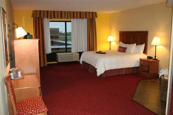Hampton Inn & Suites Louisville East Image