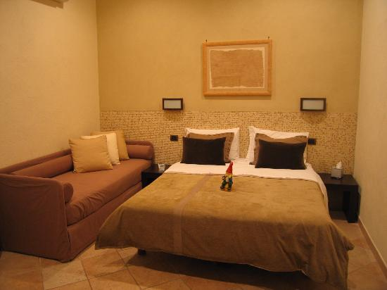 Basilio 55 Rome: our modern, comfortable room