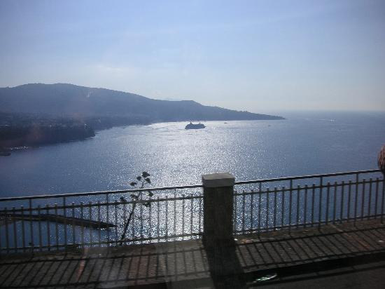 Hotel Capri : Looking towards Sorrento