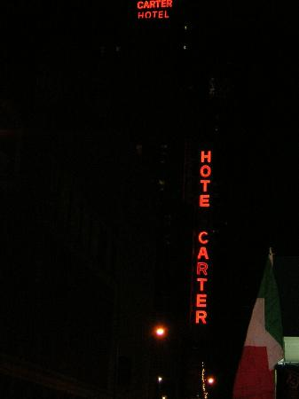 Hotel Carter Sign at night from street