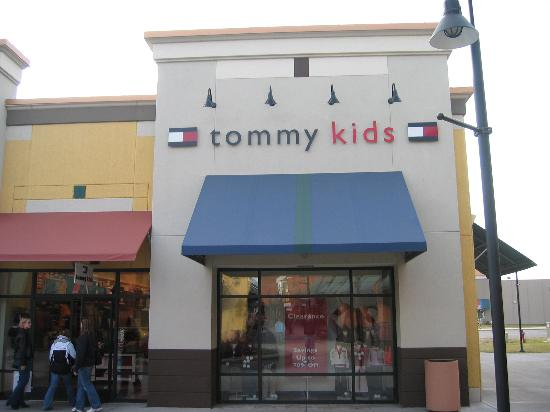 Albertville, MN: Tommy Kids