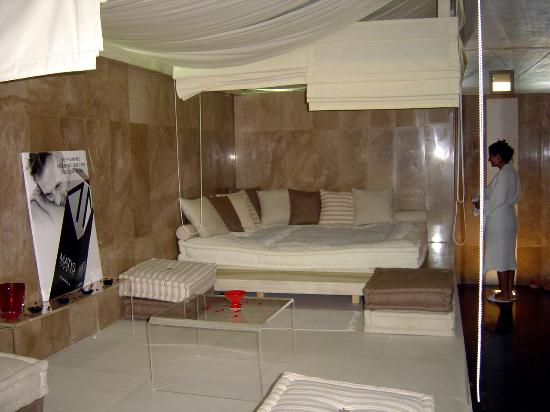 Villa Didon: The downstairs hammam.