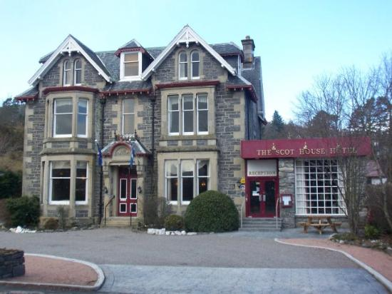 The Scot House Hotel and Restaurant: front view