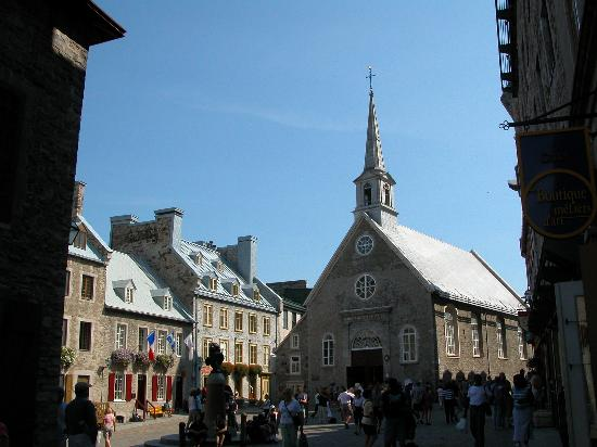 Montreal, Canada: Place dArmes, VieuxQuebec