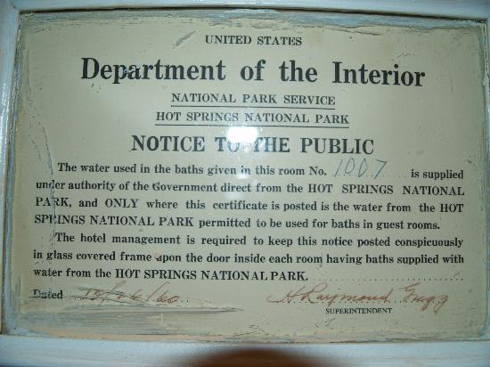 Arlington Resort Hotel & Spa: The sign dated 1960 in the bathroom