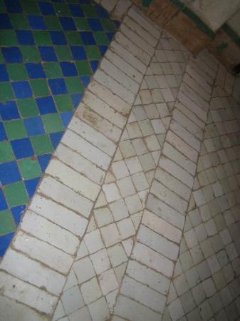 Dar Les Cigognes: BathroomTiles- this is a 5 star riad