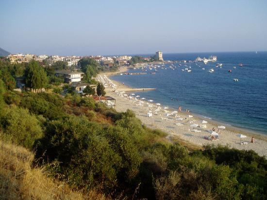 Halkidiki Region, Grecia: Looking towards the village of Ouranoupolis