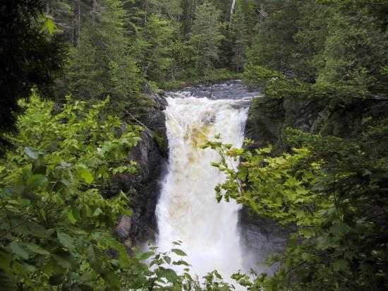 Moosehead Lake: Waterfall