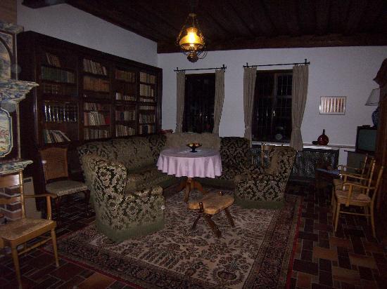 Hotel Burg Colmberg: Reading Room