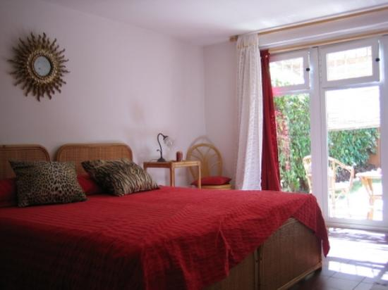 Casa Mari Bed & Breakfast: Our room