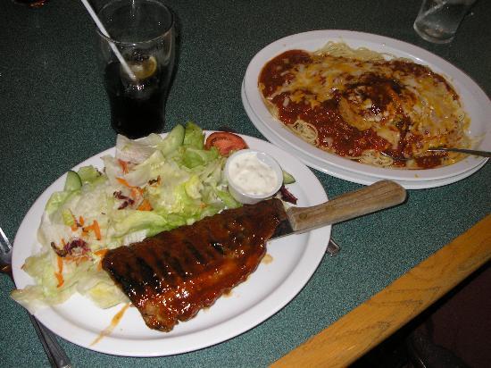 راديسون هوتل كيتشنر واترلو: Delicious food at restaurant