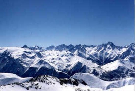 Résidence La Muzelle : View of Deux Alpes, Winter