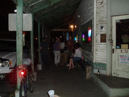 Vaughan's Lounge: Vaughan's front porch