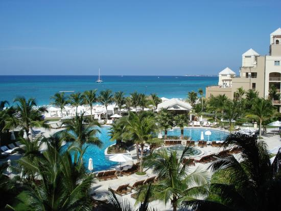 The Ritz-Carlton, Grand Cayman: resort again