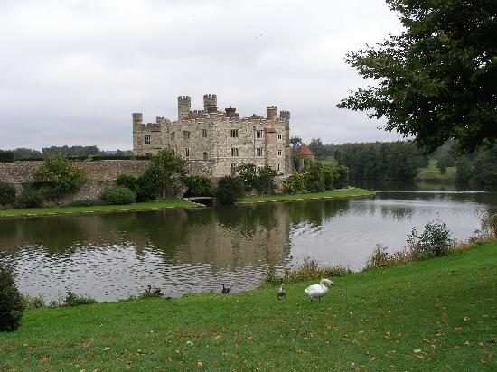 Leeds castle easter egg hunt