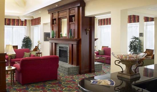 Hilton Garden Inn Niagara-on-the-Lake : That beautiful fireplace