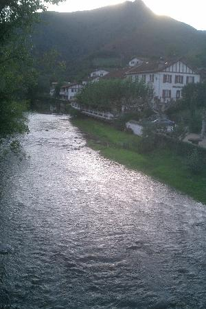 Hotel Arce : View From the Bridge