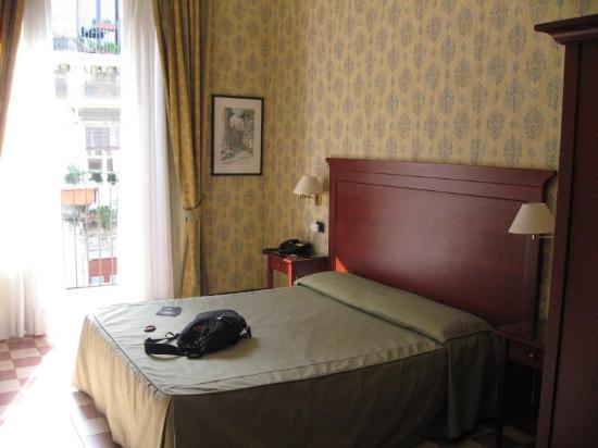 Hotel Savona: Hotel room