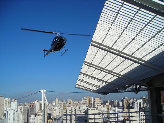 هوتل إميليانو: helicopter transport to the airport