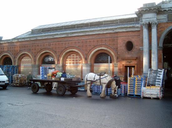 Dublin, Irland: Market