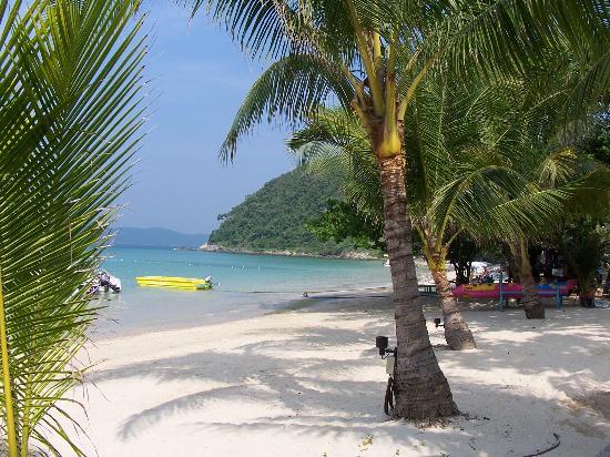 Lima Coco Resort: A beautiful beach!