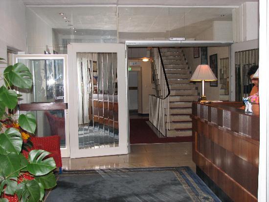 Hotel Nymphenburg: lobby