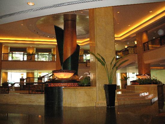 Shangri-La Hotel Kuala Lumpur: Hotel Lobby