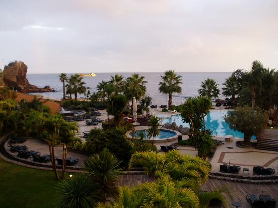 Royal Savoy Hotel: room with a view