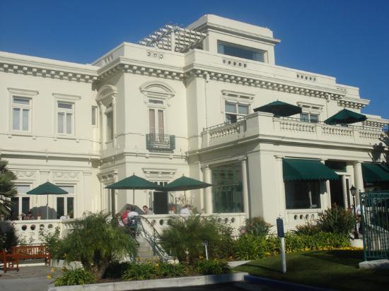 Breakfast terrace picture of glorietta bay inn coronado for Terrace hotel breakfast
