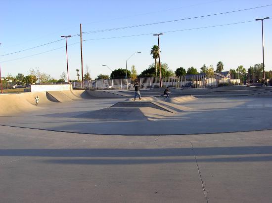 Foothills SK8 Court Plaza