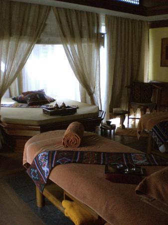 Shangri-La's Mactan Resort & Spa : interior of the villa