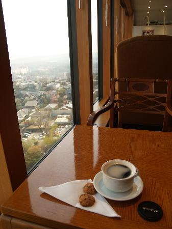 Grand Hyatt Seoul: Business Level Club room view with coffee