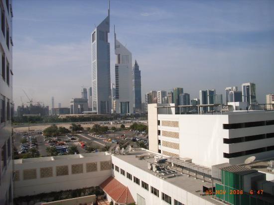Novotel World Trade Centre Dubai: View from 5th floor corridor