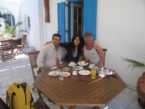 Hotel Zannis: Zannis, Roula et Jean-Claude