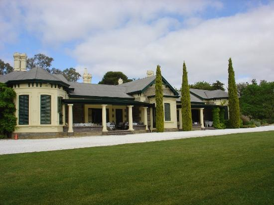 Collingrove Homestead: Outside view