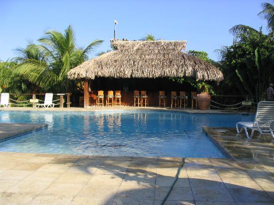 Anthony's Key Resort: pool bar