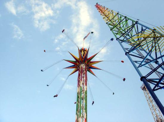 Magical Midway: Starflyer and tower beam for the Sling Shot