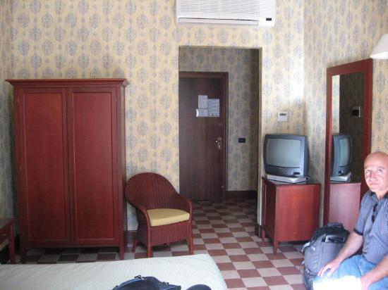 Hotel Savona: Room
