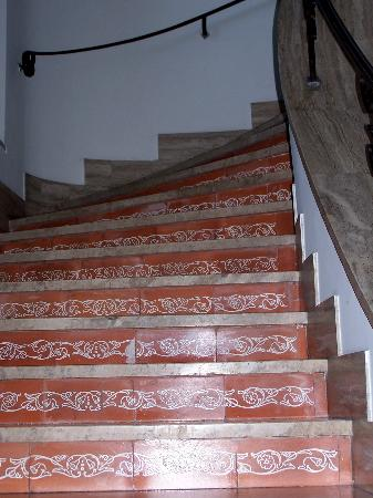 Villa Habsburg Porta Metronia : stairway to our apartment