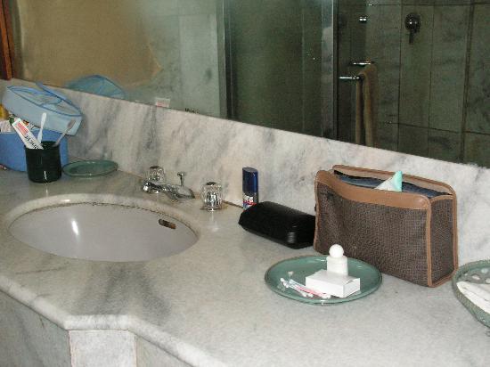 Puri Padi Hotel: salle de bain