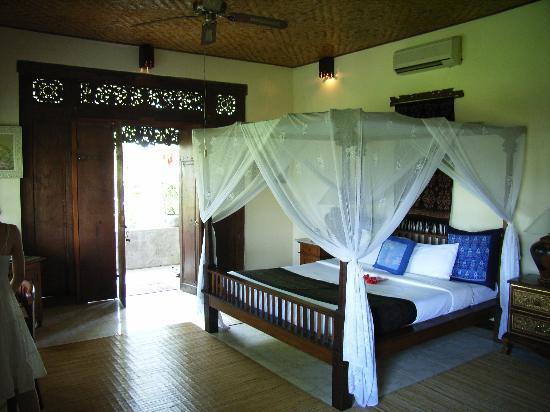 Alam Jiwa: room
