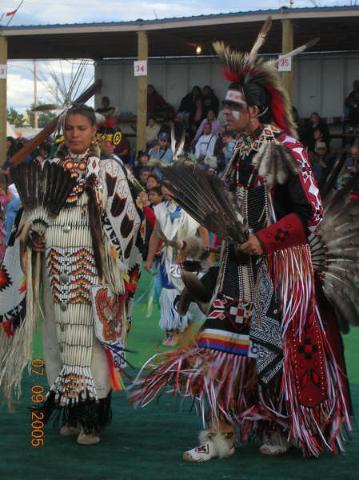 Indian Days dancers